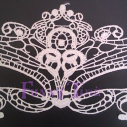 mascara de encaje bodas