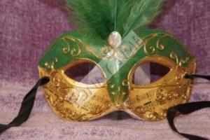 mascara veneciano verde