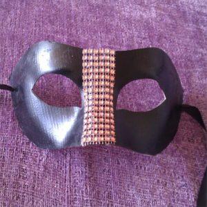 mascara boda negra para caballeros en color negro