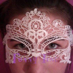 mascara de encaje para novia