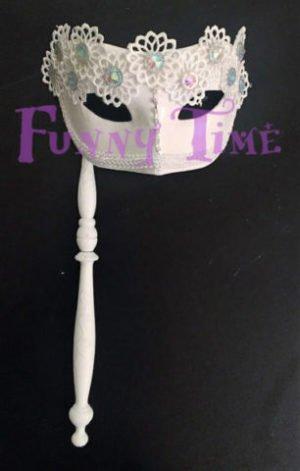 mascara con encaje y brillo