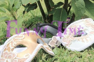 antifaces de encaje para bodas
